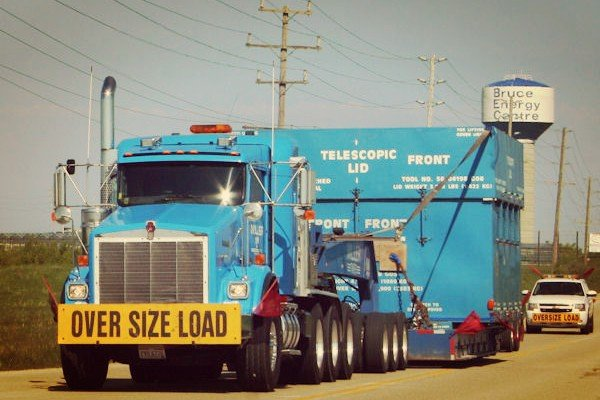 oversize-load-truck